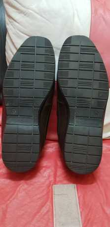 Jubail, Clothing & Accessories, SAR 75 / SHOE EXPRESS LEATHER SHOE SIZE 42